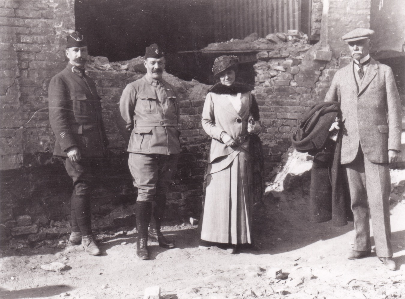 EW in France WWI wtih soldiers and Walter Berry