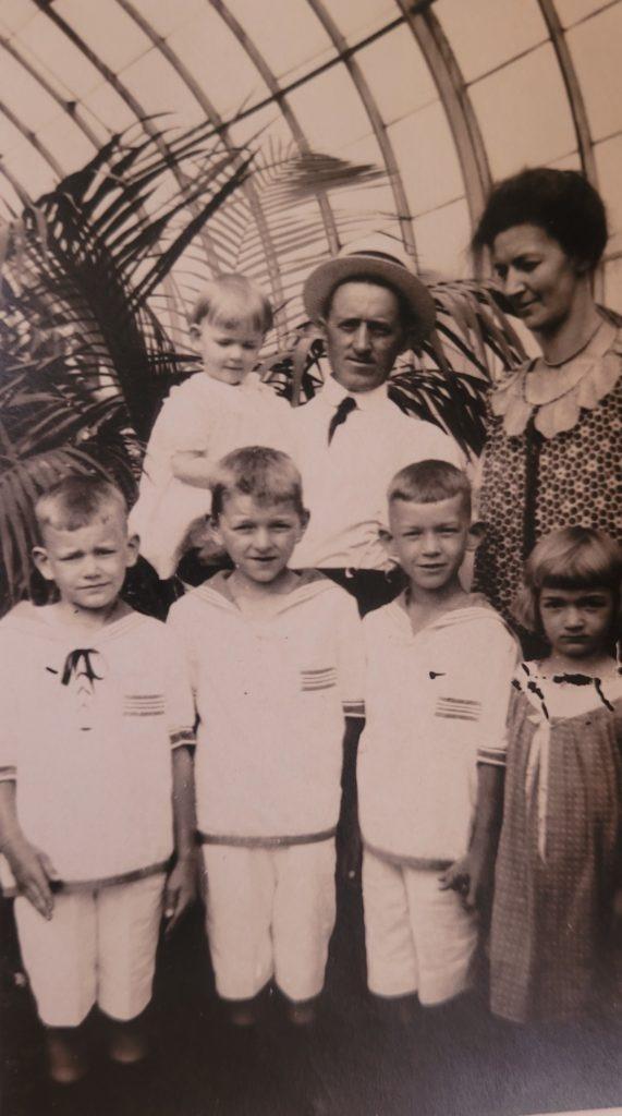 Reynolds family 1